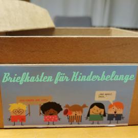 Bild eines Briefkästen für Kinderbelange in Mannheim Schönau, Ergebnis Kindergipfel